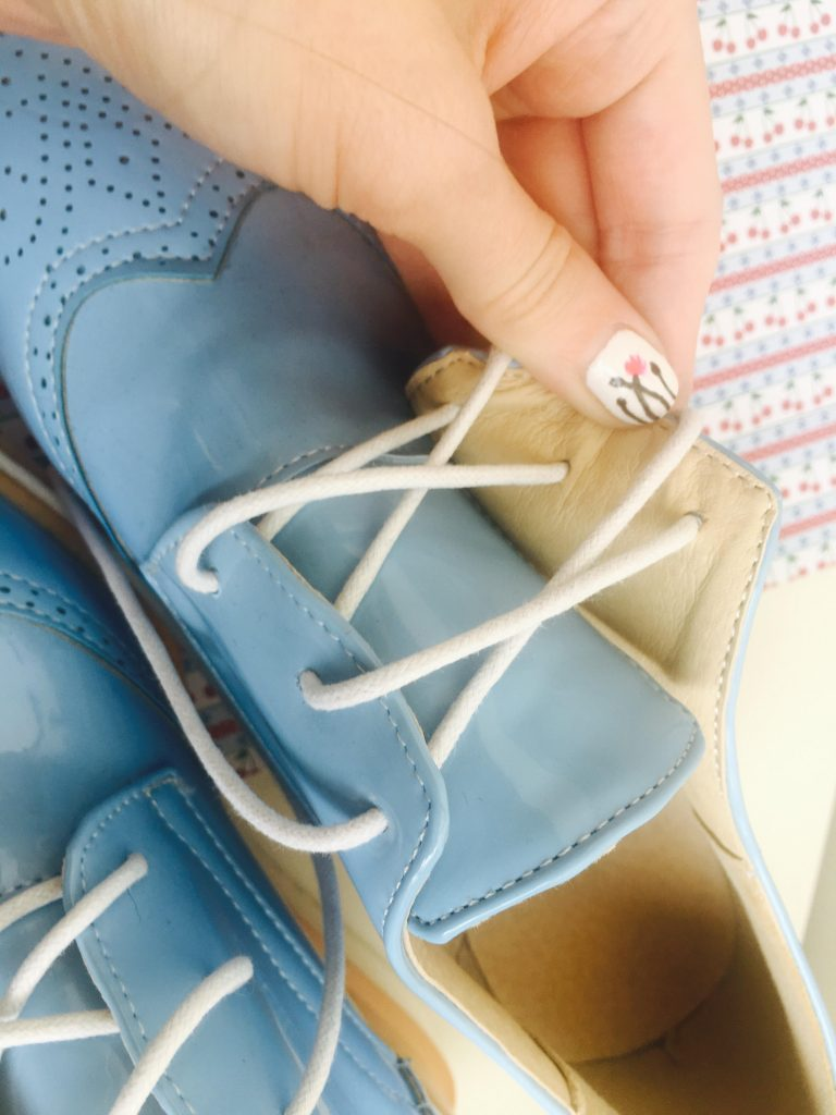 blueshoes_irislend7