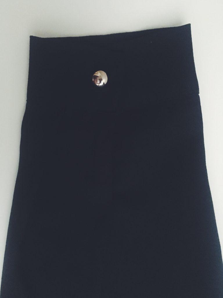 irislend_bllack_shirt4